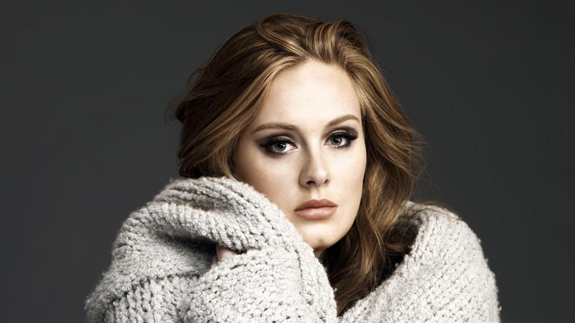 Adele enlouquece ao assistir show de Beyoncé