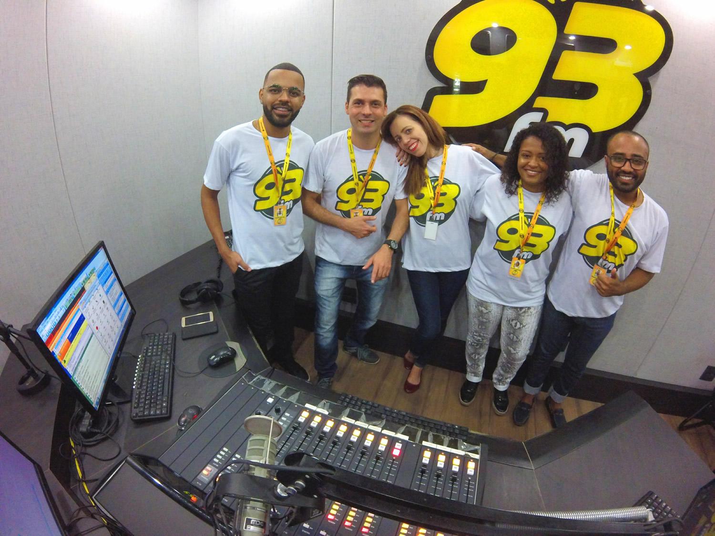 Apresentadores 93FM