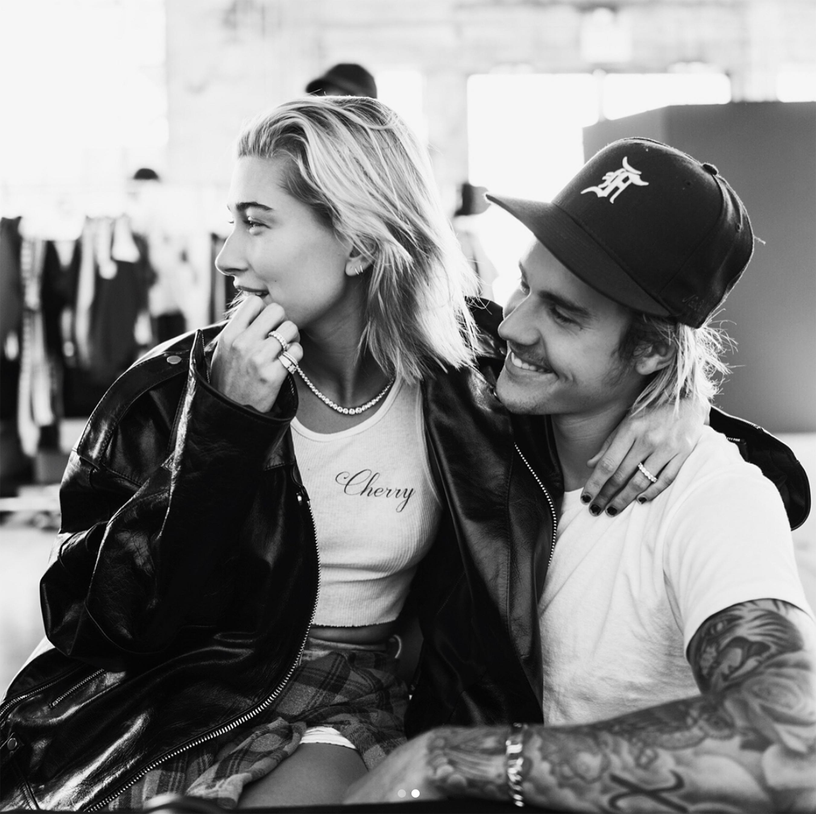 Justin Bieber se declara e confirma noivado