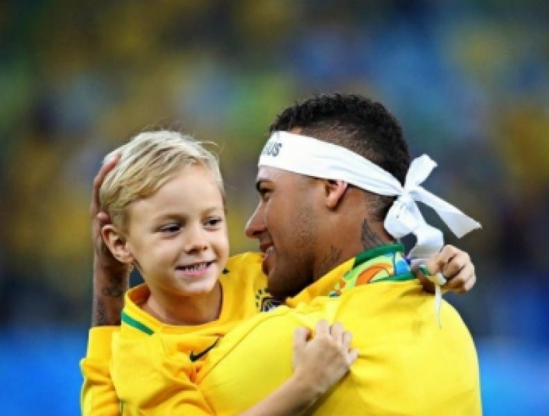 Saiba quanto Neymar paga de pensão ao filho