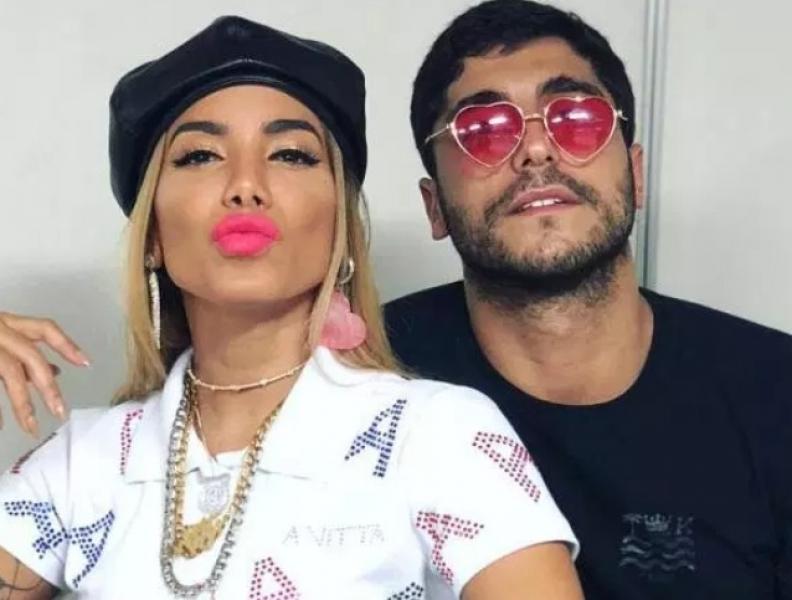 Ex-marido de Anitta defende a cantora na web
