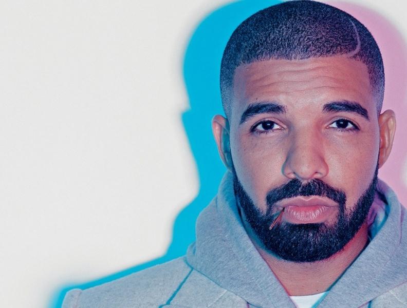 Rapper gasta milhões em capinha de celular
