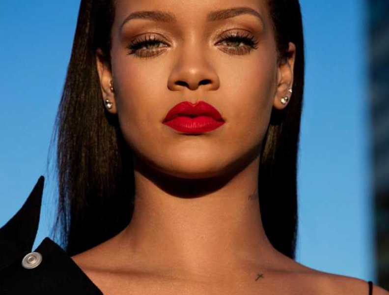 Perseguidor de Rihanna se dá mal e vai ser vigiado