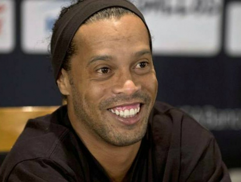Ronaldinho Gaúcho se pronuncia sobre casamento