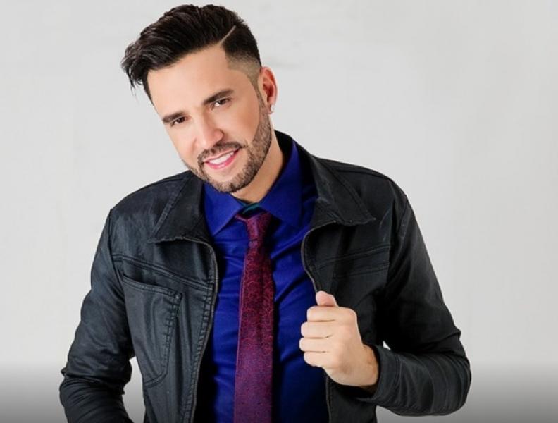 """LATINO COBRA DINHEIRO DE UM DOS DONOS DA REDE TV: """"PACIÊNCIA TEM LIMITE"""""""