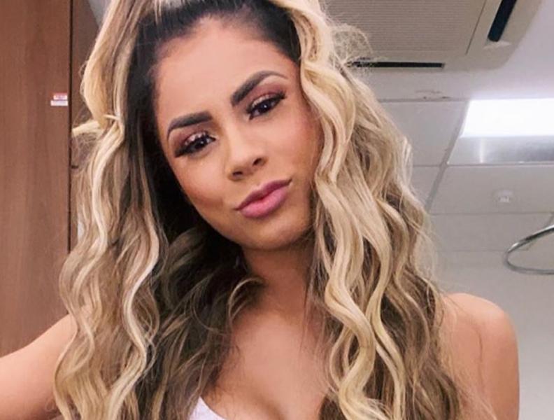 """Lexa é assaltada no Rio de Janeiro: """"Estou em choque"""" A cantora usou as redes sociais para tranquilizar os fãs"""