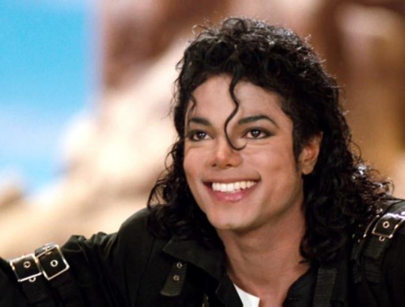 Documentário de Michael Jackson gera polêmica
