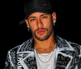 Fotos íntimas de Neymar podem cair na web