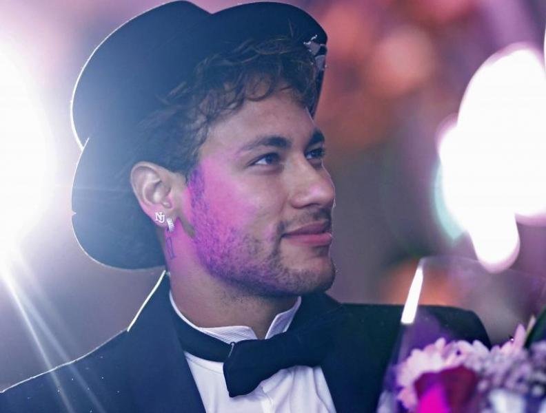 Neymar planeja festão de aniversário!