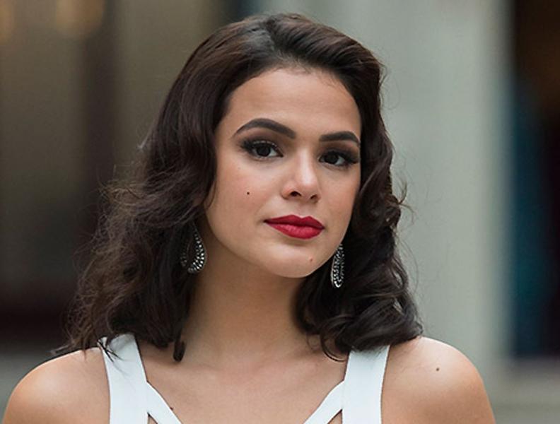 Bruna Marquezine rebate críticas sobre seu corpo