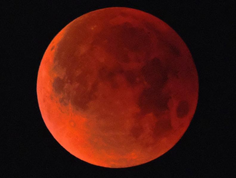 Vai rolar eclipse neste mês!
